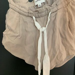 Wilfred silk shorts! Excellent condition